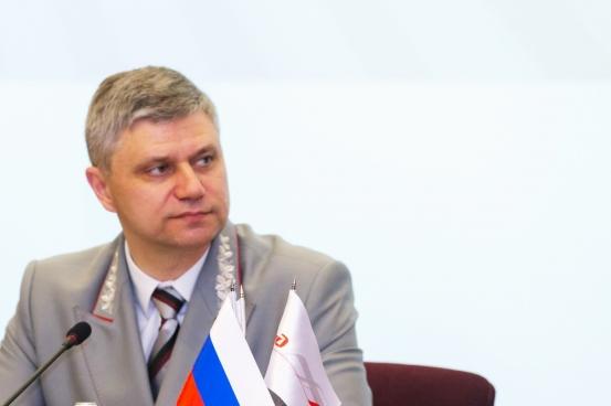 Медведев позволил восстановить реализацию билетов вплацкарт